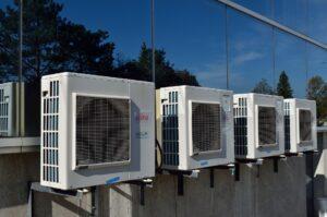 Unités extérieures d'équipement de conditionnement et de filtration d'air